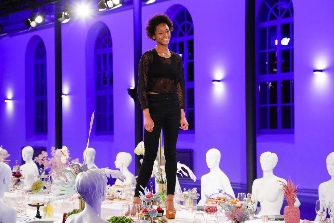 P7_GNTM2019_F1_1529279-Deborah - Bildquelle: ProSieben/Richard Hübner
