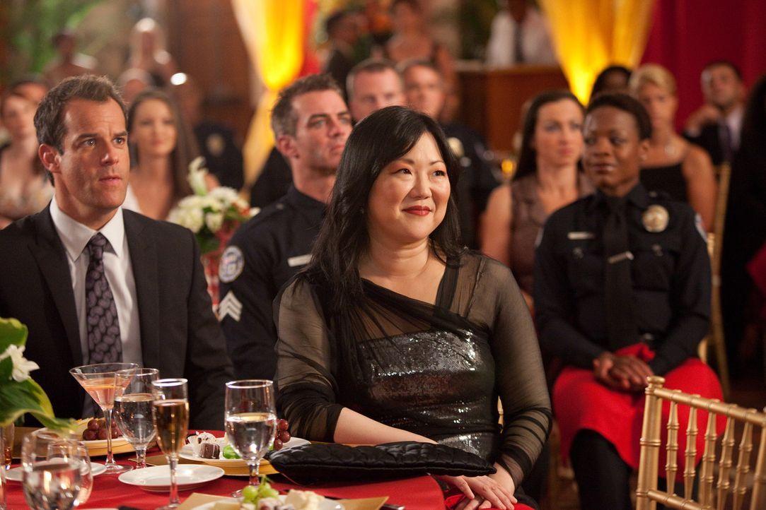 Jane soll für ihre Verdienste um die Rechtspflege vom Los Angeles Police Department geehrt werden. Doch leider wird der festliche Abend gründlich... - Bildquelle: 2009 Sony Pictures Television Inc. All Rights Reserved.