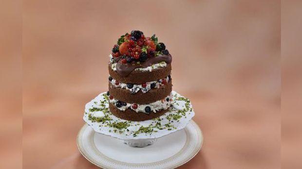 lar naked cake