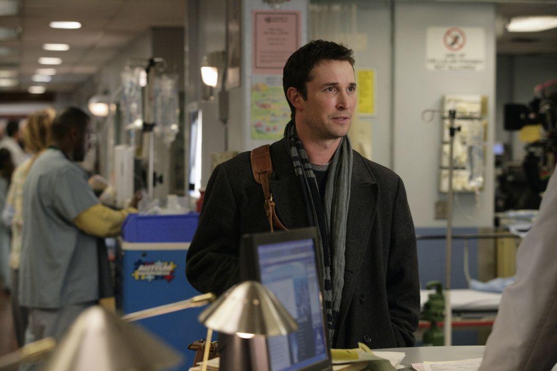 Überrascht seine ehemaligen Kollegen: Carter (Noah Wyle) ... - Bildquelle: Warner Bros. Television