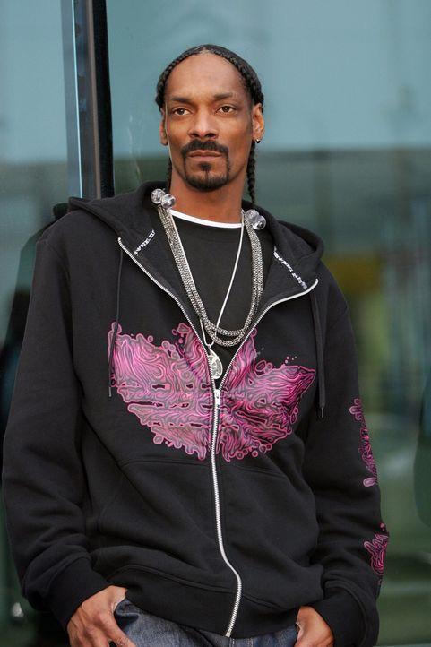 Rein zufällig trifft Dixon auf den prominenten Rapper Snoop Dogg (Snoop Dogg) ... - Bildquelle: TM &   CBS Studios Inc. All Rights Reserved