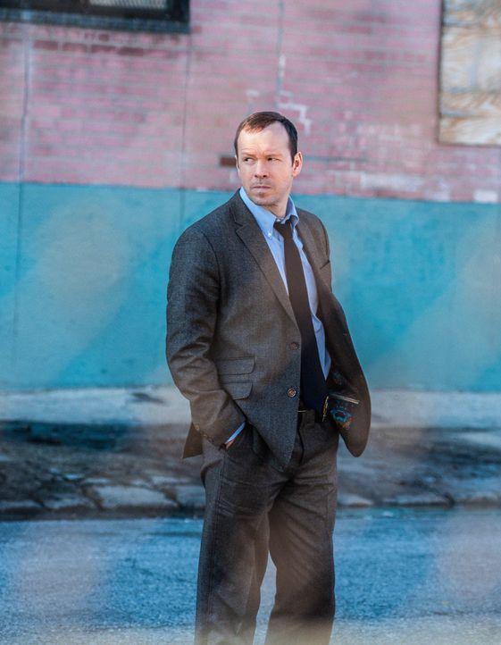 Bekommt Danny (Donnie Wahlberg) etwas aus dem Autovermierter heraus oder lässt dieser sich zu sehr von der Gewerkschaft einschüchtern? - Bildquelle: Jojo Whilden 2013 CBS Broadcasting Inc. All Rights Reserved.