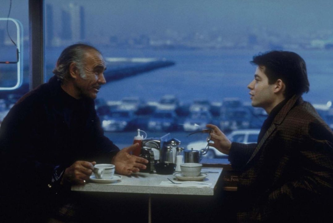 Zusammen mit seinem Vater Vito und seinem Opa Jessie (Sean Connery, l.) möchte Adam (Matthew Broderick, r.) wichtige Forschungsunterlagen stehlen ...