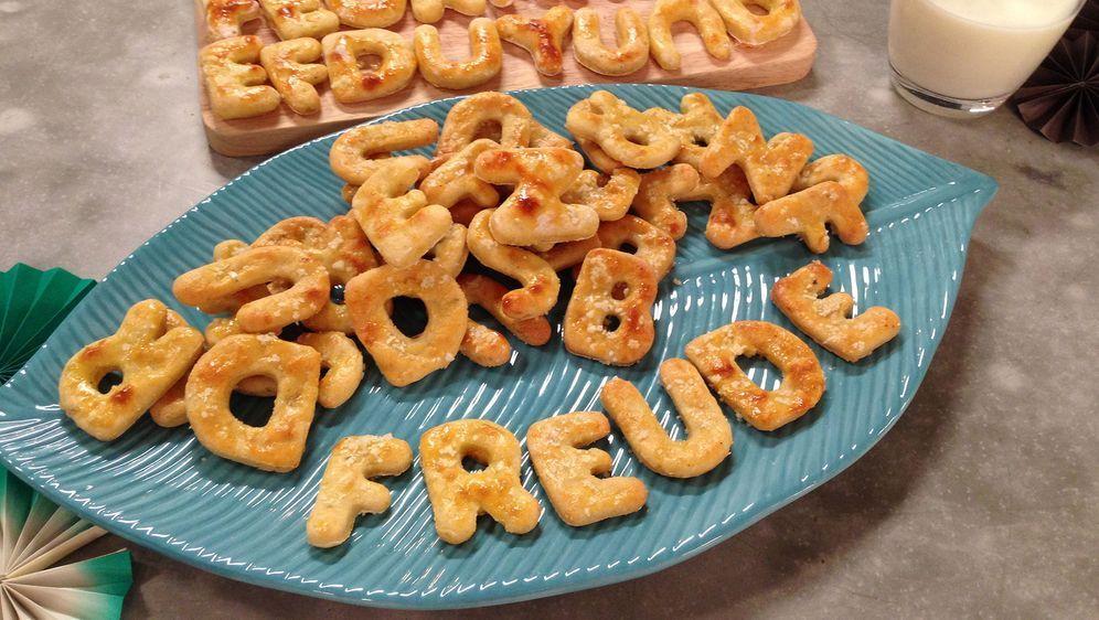 Pikante Kartoffel-Buchstaben-Kekse