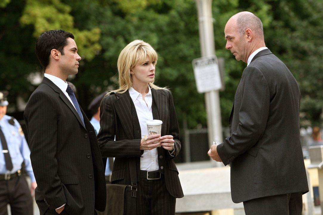 Müssen einen neuen Fall lösen: Scott (Danny Pino, l.), Lilly (Kathryn Morris, M.) und John (John Finn, r.) ... - Bildquelle: Warner Bros. Television