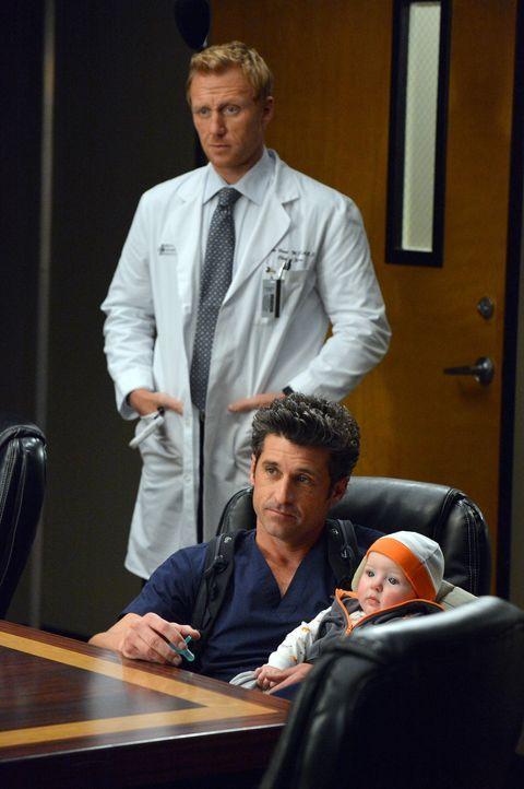 Das Angebot des Präsidenten bringt Owen (Kevin McKidd, l.) und Derek (Patrick Dempsey, r.) zum Grübeln. Soll man sich solch eine Chance entgehen l... - Bildquelle: ABC Studios