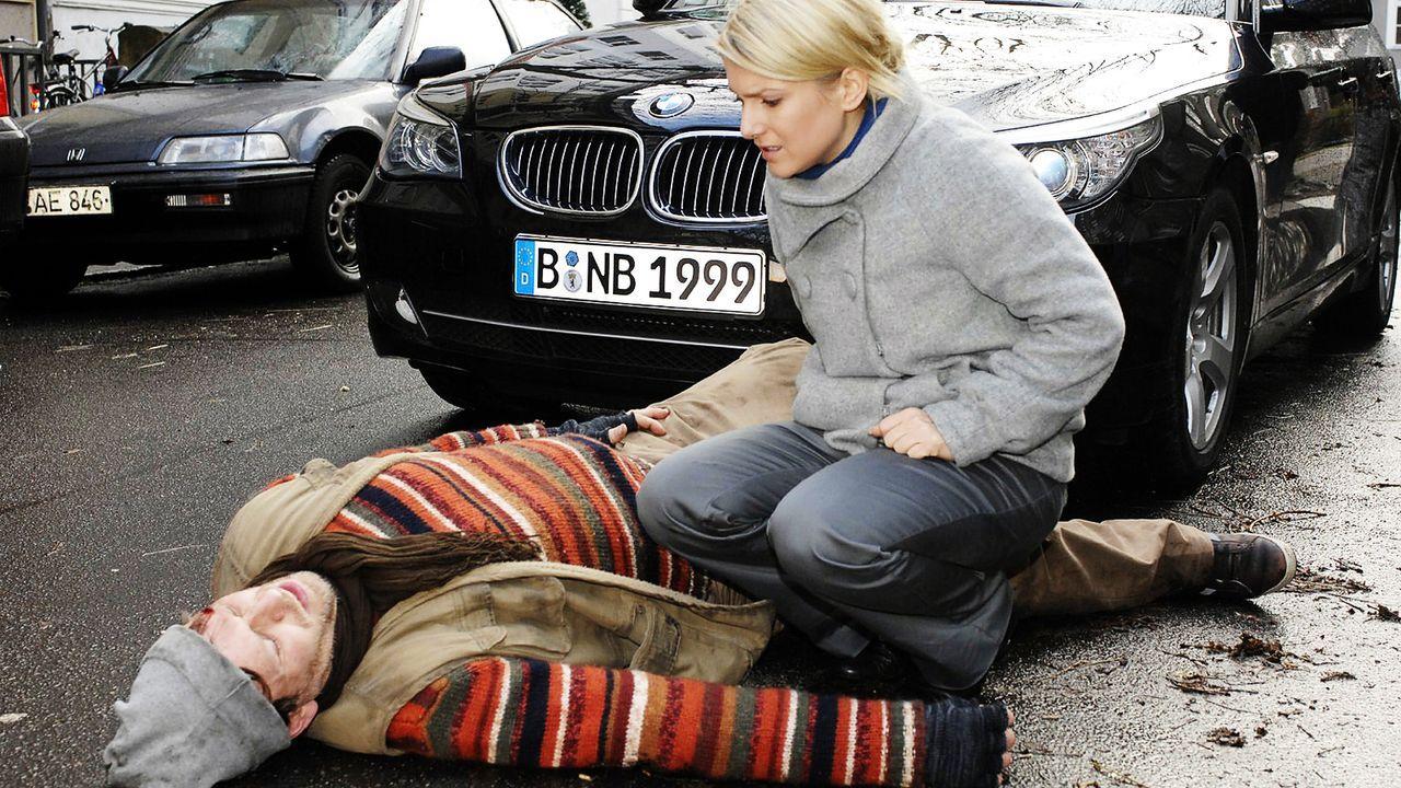 anna-und-die-liebe-folge-120-04-SAT1-Oliver-Ziebe - Bildquelle: Sat.1/Oliver Ziebe