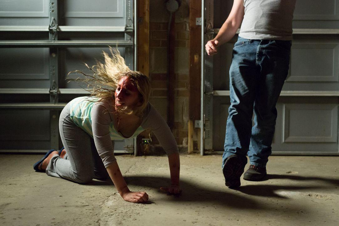 Mit der Brutalität und der krankhaften Eifersucht ihres Mannes hätte Amy nie gerechnet ... - Bildquelle: Darren Goldstein Cineflix 2014