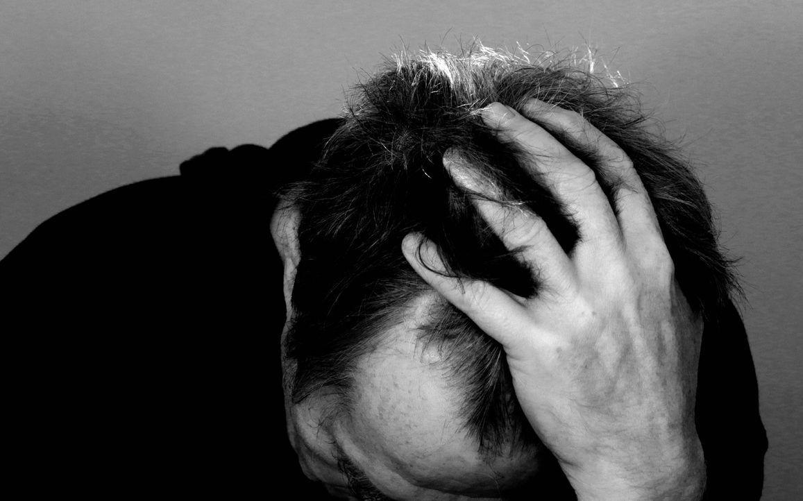 """3. Schuldgefühle""""Jetzt reiß dich doch mal zusammen"""" ist wohl derschlec... - Bildquelle: Pixabay"""