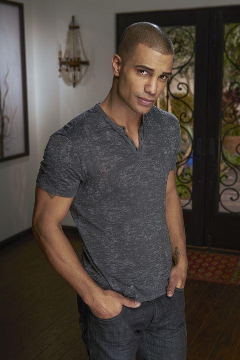 (4. Staffel) - Weiß Jesse (Nathan Owens) mehr über den jüngsten Mord in Beverly Hills als alle vermuten? - Bildquelle: Joe Viles 2016 American Broadcasting Companies, Inc. All rights reserved.