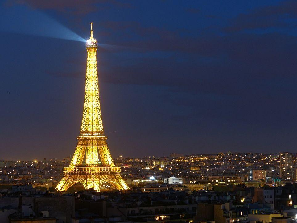 Flitterwochen-Paris