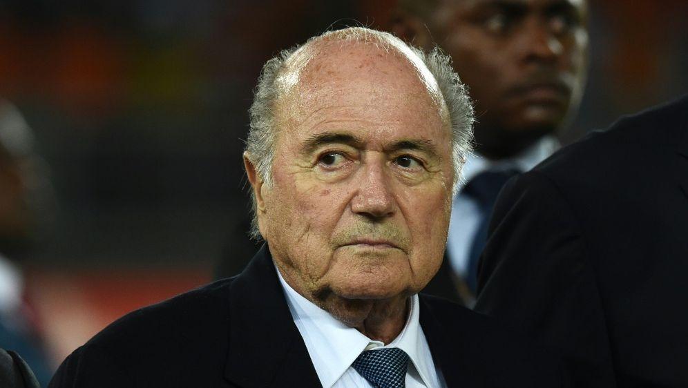 Blatter: Keine Korruptionen bei WM-Vergabe 2016 - Bildquelle: AFPSIDArchivCARL DE SOUZA