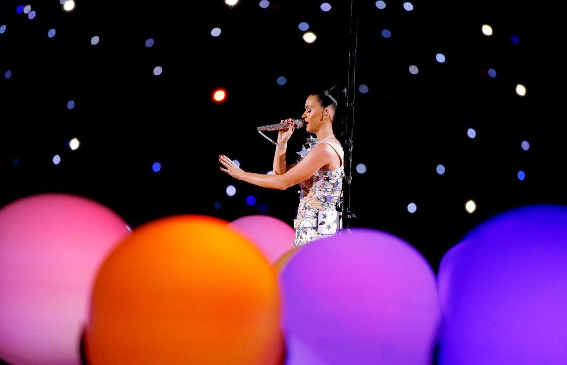 Super-Bowl-Katy-Perry-15-02-01-7-dpa - Bildquelle: dpa