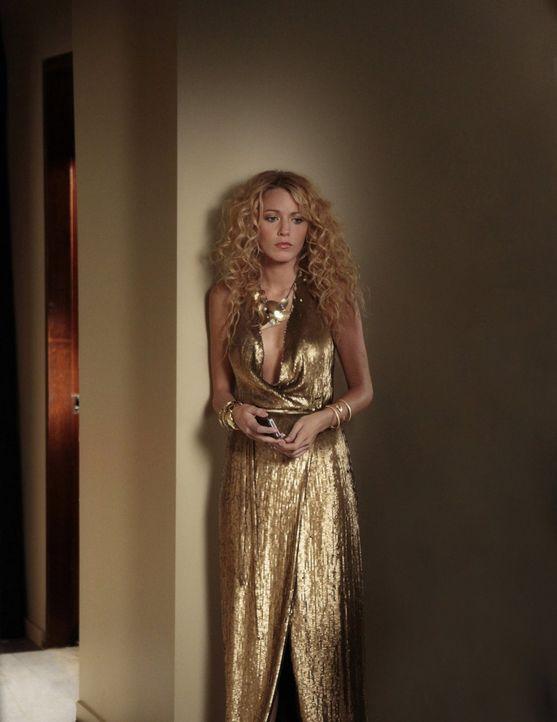 Freut sich auf die heiß ersehnte Studio 54-Party, die zu Ehren von Cece geschmissen wird: Serena (Blake Lively) ... - Bildquelle: Warner Bros. Television