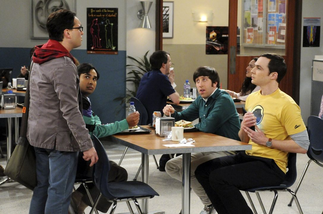 Eine Chaos-Gruppe: Leonard (Johnny Galecki, l.), Sheldon (Jim Parsons, r.), Rajesh (Kunal Nayyar, 2.v.l.) und Howard (Simon Helberg, 2.v.r.) ... - Bildquelle: Warner Bros. Television