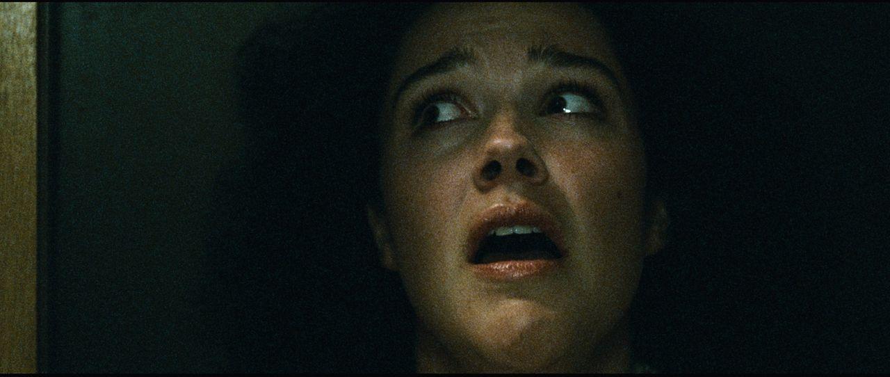 Erst spät erkennt Camilla (Marthe Snorresdotter Rovik), dass sich in ihrem Krankenhaus ein mordender Psychopath befindet ... - Bildquelle: Fantefilm Fiksjon