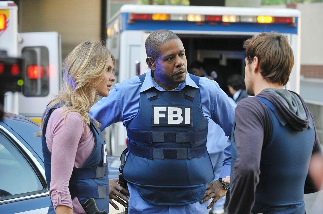 Geben alles, um weitere Opfer zu verhindern: Gina (Beau Garrett, l.), Mick (Matt Ryan, r.) und Sam (Forest Whitaker, M.) ... - Bildquelle: ABC Studios