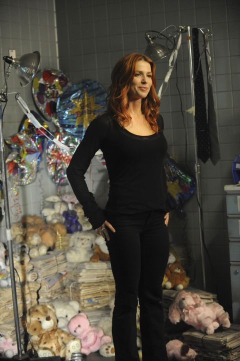 Ermittelt in einem neuen Fall: Carrie (Poppy Montgomery) ... - Bildquelle: 2011 CBS Broadcasting Inc. All Rights Reserved.