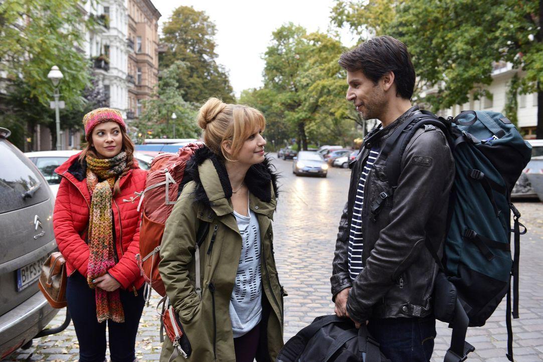 Als Mila (Susan Sideropoulos, M.) und Sally (Laura Osswald, l.) in einen neuen aufregenden Lebensabschnitt starten wollen, zeigt Nick (Florian Odend... - Bildquelle: Oliver Ziebe sixx