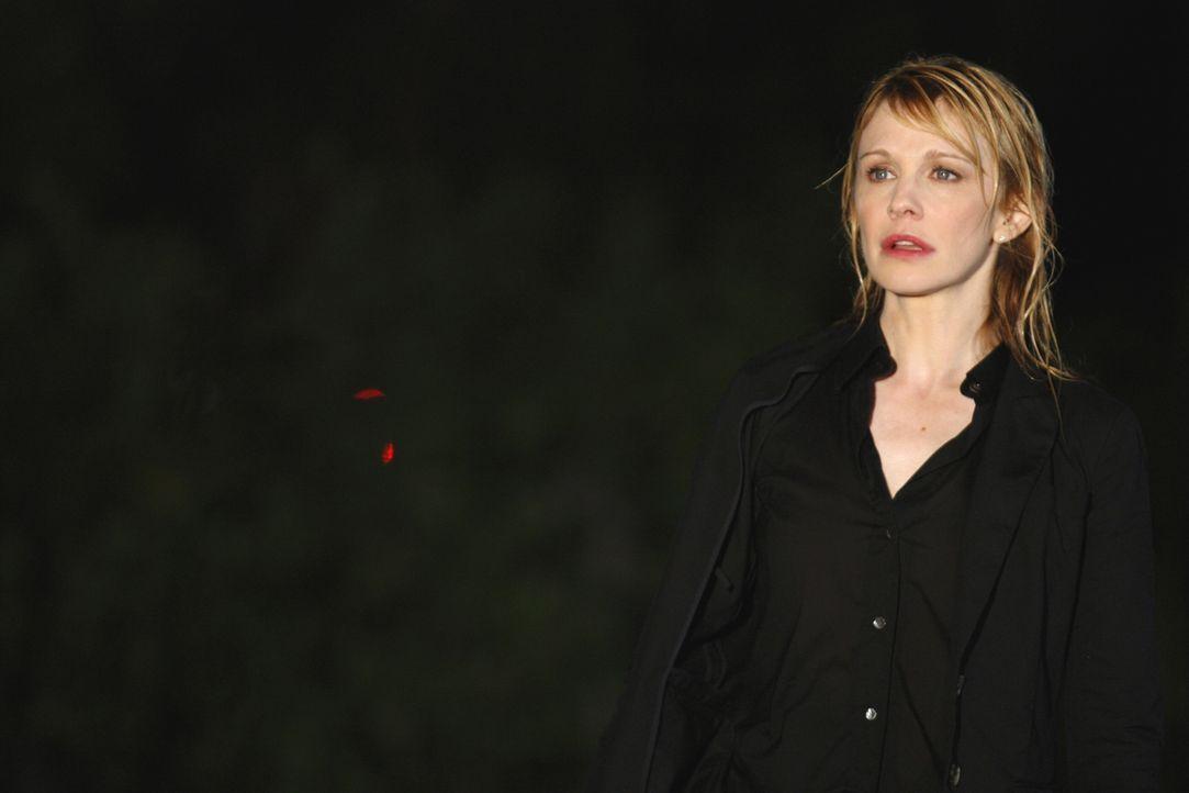Det. Lilly Rush (Kathryn Morris) kann nicht glauben, dass tatsächlich jemand versucht hat, sie umzubringen ... - Bildquelle: Warner Bros.