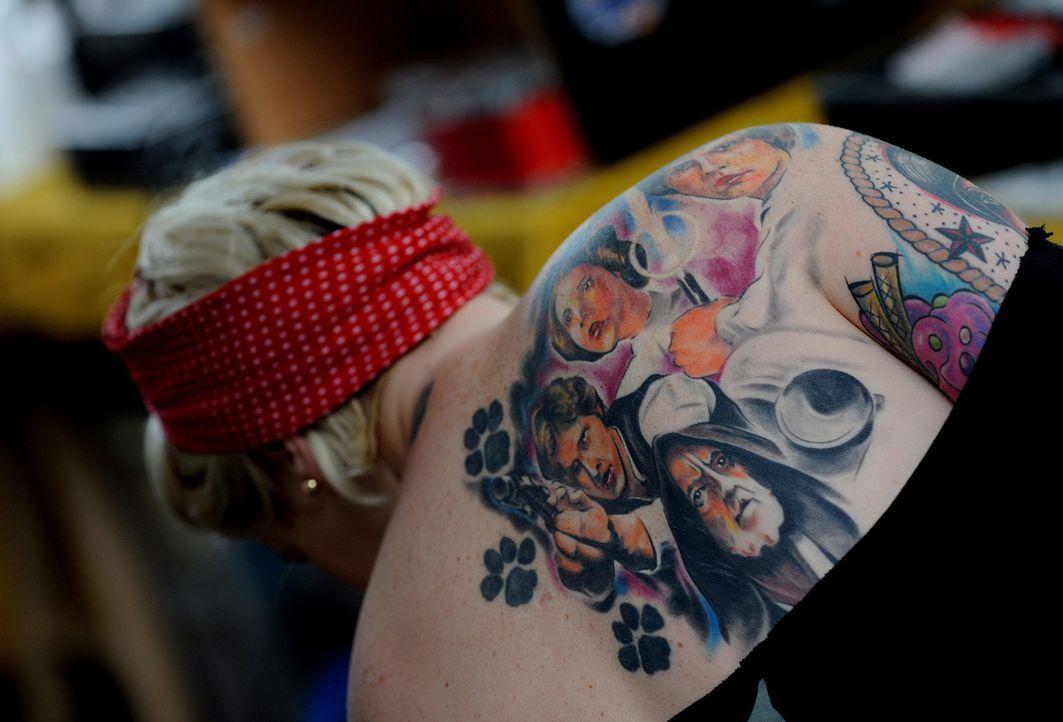 Tattoo14_dpa - Bildquelle: dpa
