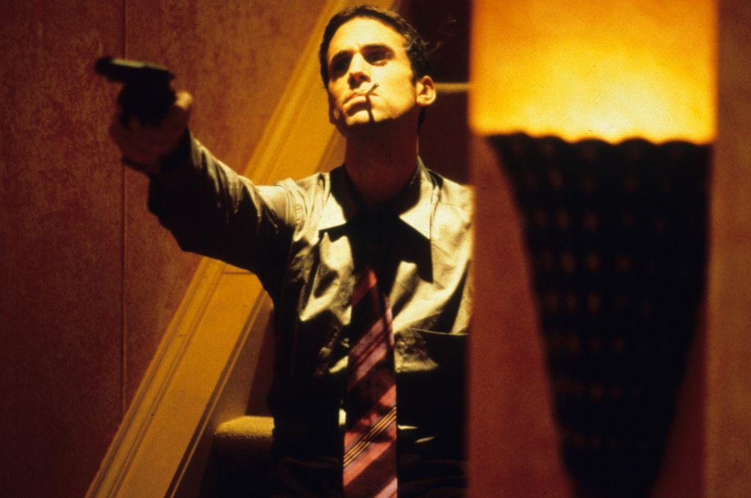 Spielt ein gemeines Spiel mit seinem Freund Pete: Sean Deeny (Joseph Fiennes) ... - Bildquelle: VCL Communications GmbH