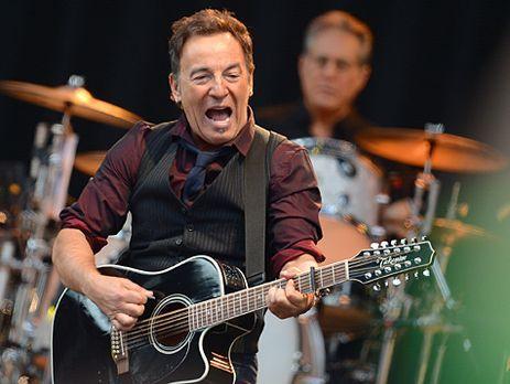 """Auch mit 62 Jahren stimmlich und körperlich topfit: Bruce """"The Boss&quot..."""