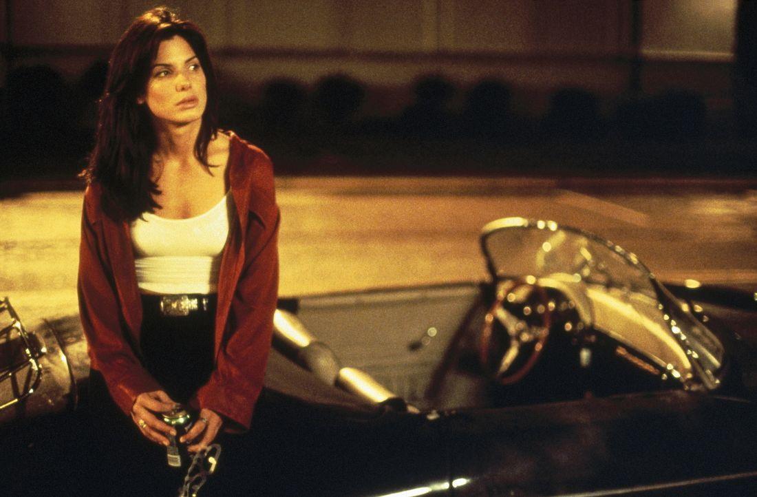 Die idealistische Jurastudentin Ellen (Sandra Bullock) kann und will den Fall nicht verlieren. Obwohl  sie wahrscheinlich für ihr Engagement einen h... - Bildquelle: Warner Bros.