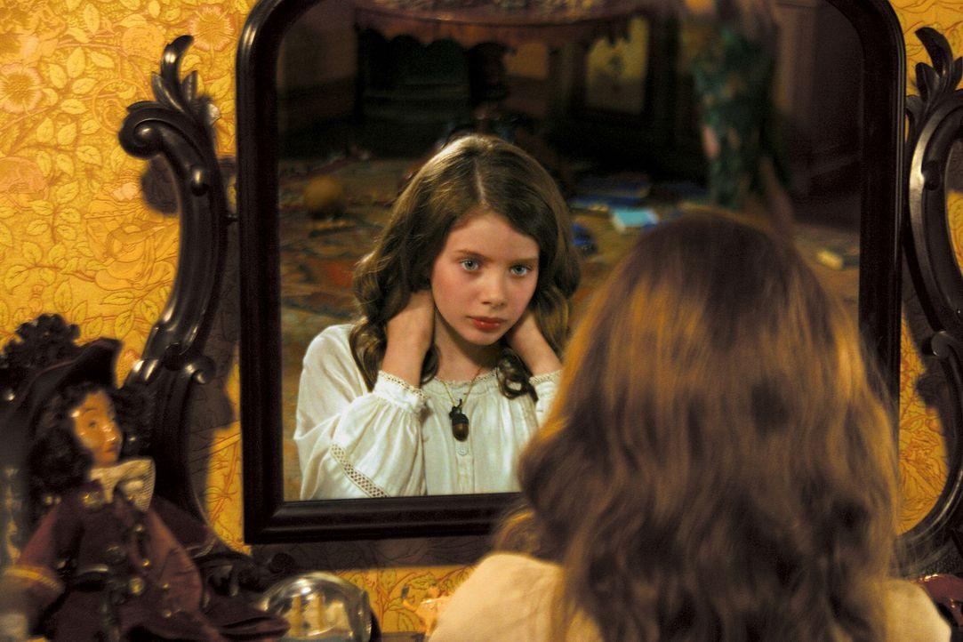 Abenteuer, Schwertkämpfe und Zauberei - das ist der Inhalt, aus dem Wendy (Rachel Hurd-Wood) die Gute-Nacht-Geschichten für ihre Brüder strickt ... - Bildquelle: 2004 Sony Pictures Television International. All Rights Reserved.
