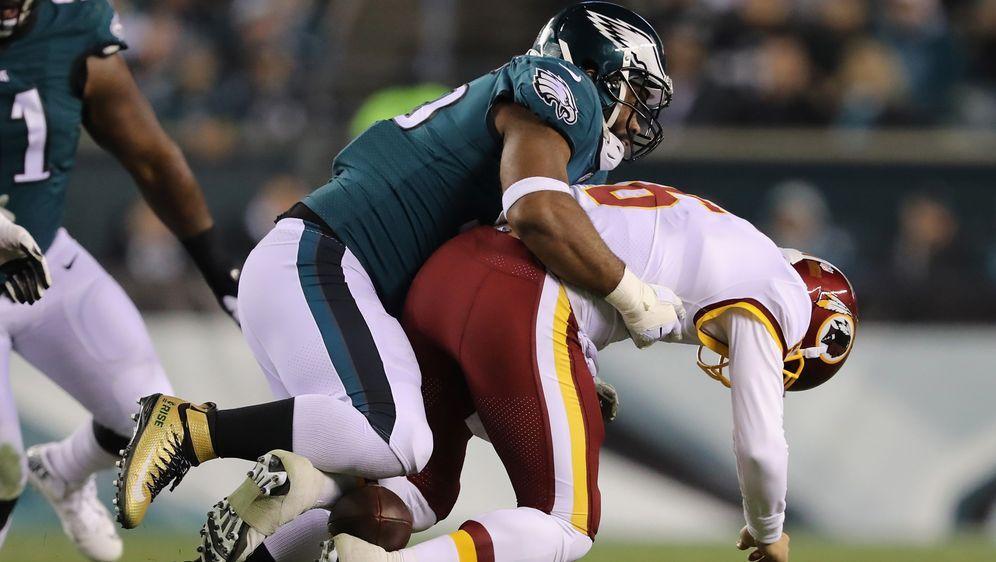 """Redskins-Quarterback Mark Sanchez ist vor allem für seinen """"Butt Fumble"""" bek... - Bildquelle: Getty Images"""