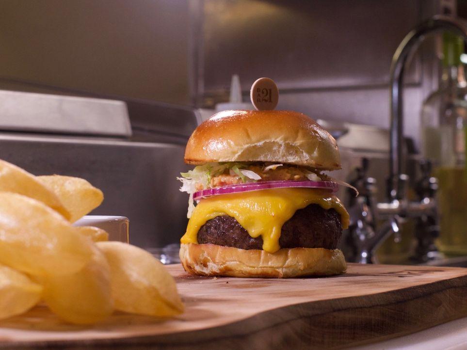 Dirk Hoffmann begibt sich auf Weltreise, um die Lieblingsgerichte der Deutschen zu finden. In den USA sucht er nach dem besten Burger ... - Bildquelle: kabel eins