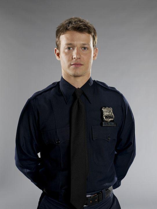 (2. Staffel) - Jamie Reagan (Will Estes) muss erkennen, dass die Arbeit bei der Polizei oft unvorhersehbare Gefahren birgt ... - Bildquelle: 2010 CBS Broadcasting Inc. All Rights Reserved