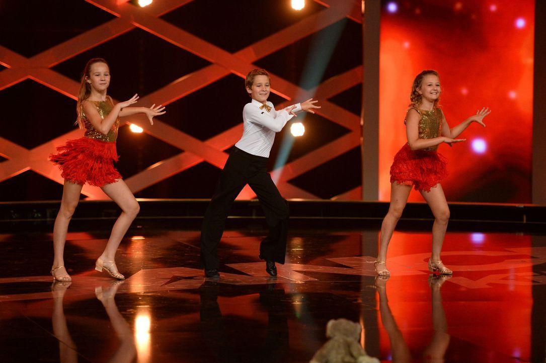 Werden es Petra (l.), Christian (M.) und Franziska (r.) in die nächste Runde schaffen? Sie geben alles ... - Bildquelle: Willi Weber SAT.1
