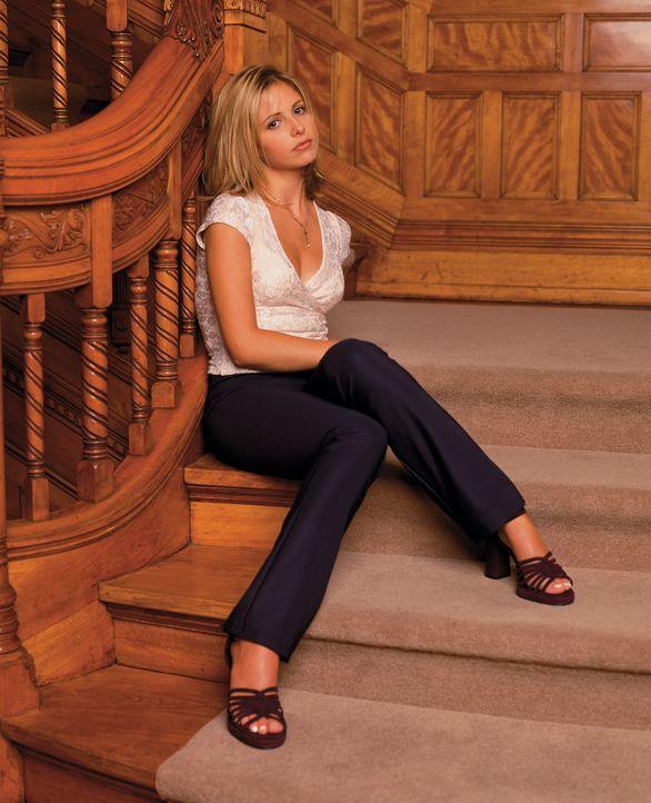 (2. Staffel) - Die Vampirjägerin Buffy (Sarah Michelle Gellar) wird durch einen Zauber wieder zurück ins Leben geholt. - Bildquelle: (1998) Twentieth Century Fox Film Corporation.