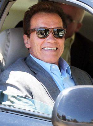 Arnold-Schwarzenegger-10-04-30_300_404_WENN - Bildquelle: WENN