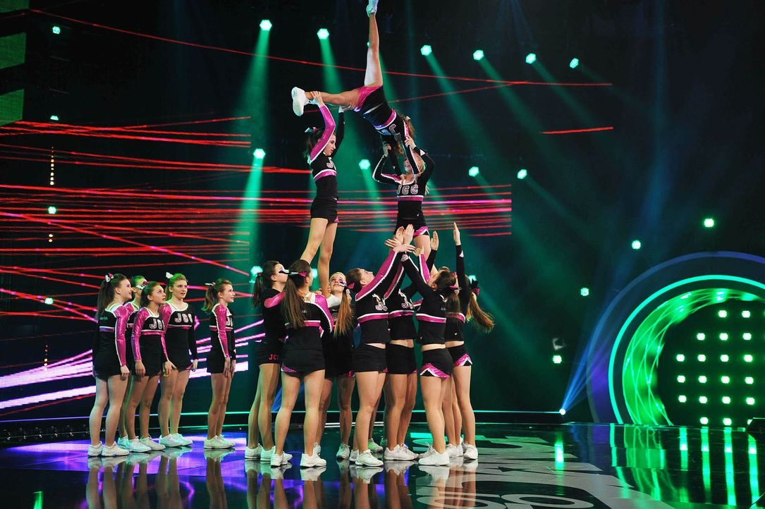 Got-To-Dance-Juicy-Chrystals-Cheerleader-03-SAT1-ProSieben-Willi-Weber-TEASER - Bildquelle: SAT.1/ProSieben/Willi Weber