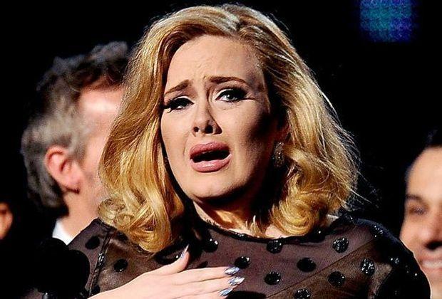 Adele-12-02-12-3-AFP