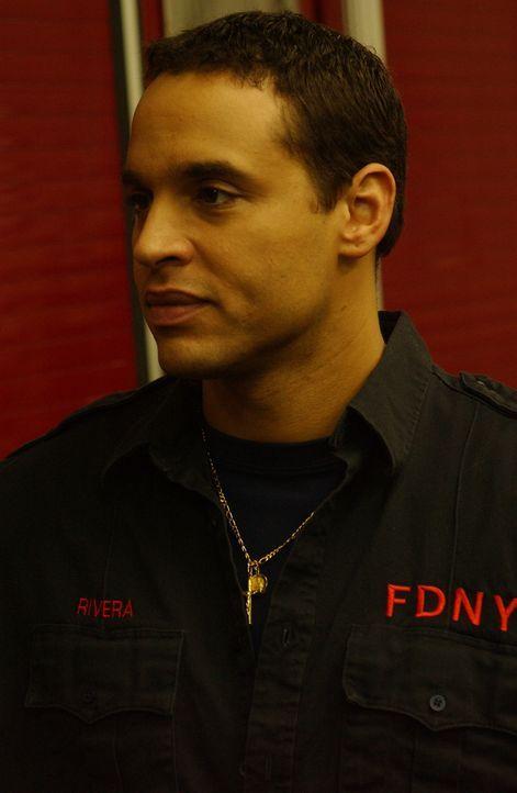 Franco (Daniel Sunjata) ist überglücklich, weil er glaubt, dass sein Chef bald zurückkehrt ... - Bildquelle: 2007 Sony Pictures Television Inc. All Rights Reserved