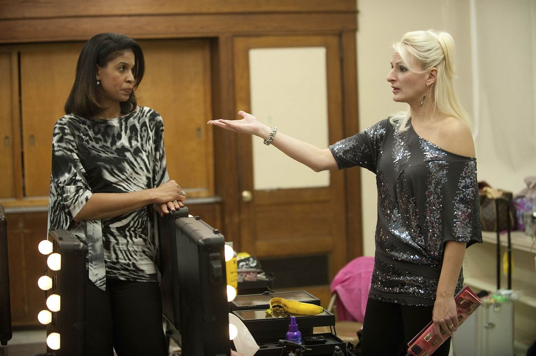 Wie weit würden Holly (l.) und Christi (r.) für den Erfolg ihrer Töchter gehen? - Bildquelle: Scott Gries 2011 A+E Networks