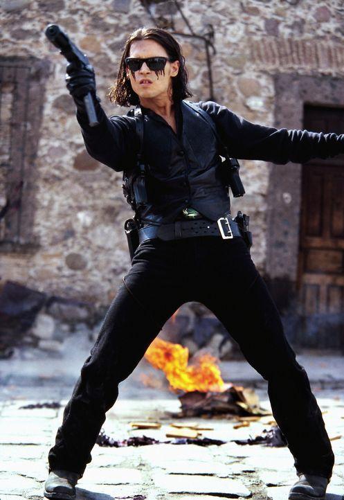 Sands (Johnny Depp) ahnt nicht, dass sein durchgestylter Plan nicht aufgehen wird, denn jeder der Beteiligten spielt sein eigenes Spiel ... - Bildquelle: Columbia Pictures Corporation