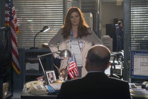 Detective Laura Diamond - Die Ermittlungen in einem Kriminalfall führen Laura...