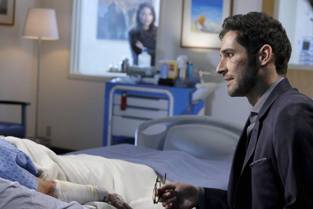 Verliert Lucifer (Tom Ellis) an einem Tag gleich mehrere geliebte Menschen? - Bildquelle: 2016 Warner Brothers