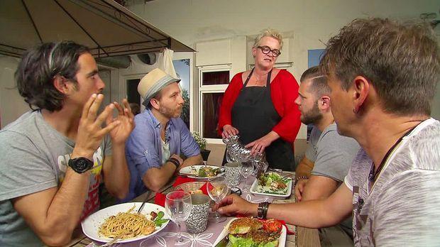 Mein Lokal, Dein Lokal - Mein Lokal, Dein Lokal - Im Café Möpschen Hagelt Es Kritik