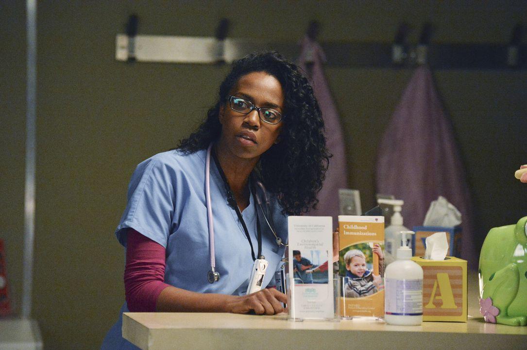 Ein starker Sturm führt dazu, dass das Krankenhaus mit zu wenig Strom versorgt wird. Die Ärzte, darunter auch Stephanie (Jerrika Hinton), versuche... - Bildquelle: ABC Studios