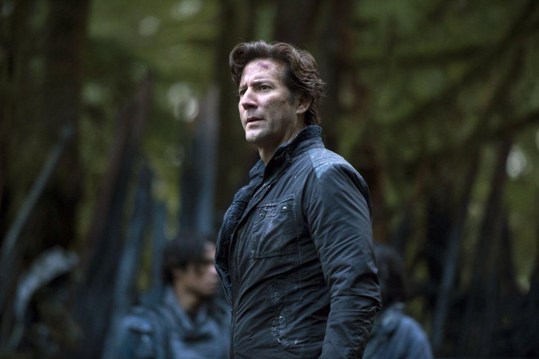 Will den Erdenbewohnern klarmachen, dass sie jetzt ernstzunehmende Gegner auf der Erde haben: Kane (Henry Ian Cusick) ... - Bildquelle: 2014 Warner Brothers
