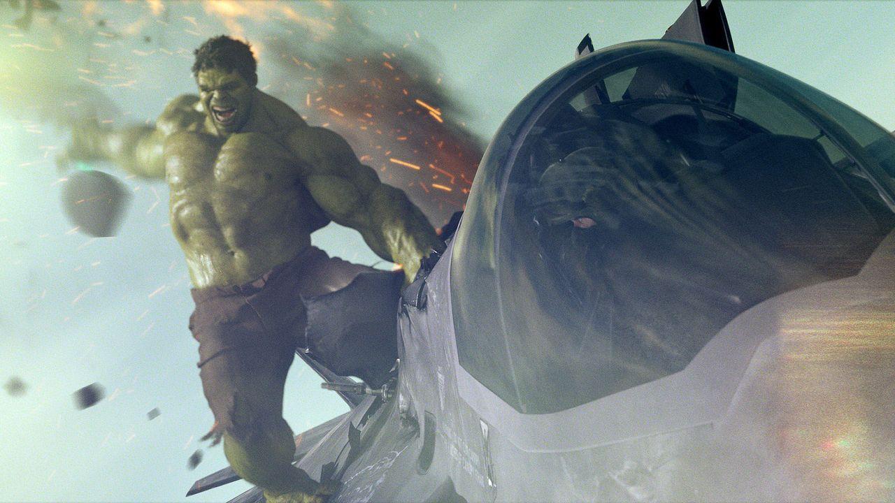 the-avengers-extra-057-2011-mvlffllc-tm-2011-marveljpg 2000 x 1125 - Bildquelle: 2011 MVLFFLLC TM & 2011 Marvel