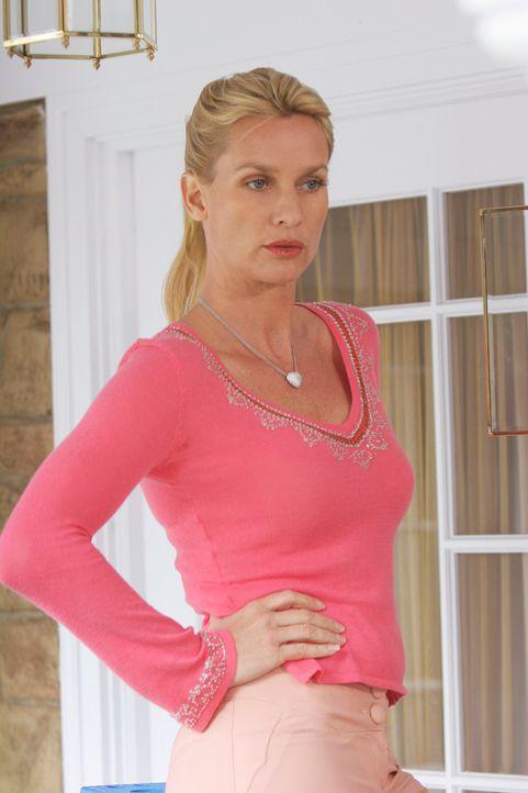 Edie (Lisa Sheridan) ist bereit Susan zu zerstören ... - Bildquelle: 2005 Touchstone Television  All Rights Reserved