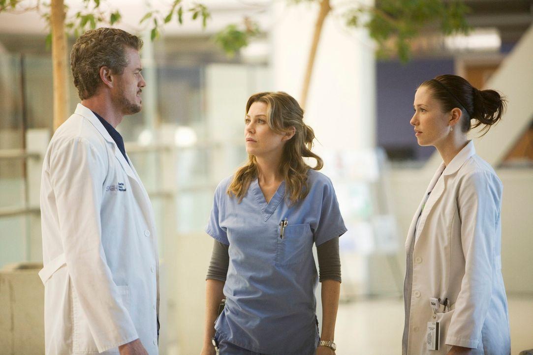 Das Chaos ist perfekt: Mark (Eric Dane, l.) scheint ein reges Interesse an Lexie (Chyler Leigh, r.) entwickelt zu haben. Meredith (Ellen Pompeo, M.)... - Bildquelle: Touchstone Television