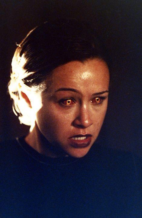 In letzter Sekunde gelingt es den Schwestern, Kali in die Finsternis zu verbannen und Aviva (Danielle Harris) ihrem schlechten Einfluss zu entziehen... - Bildquelle: Paramount Pictures