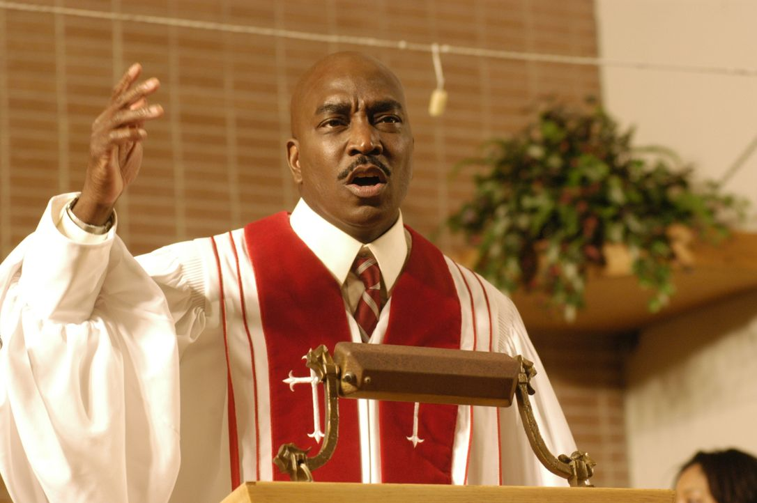 Seine Kirchengemeinde bedeutet Bischof Fred Taylor (Clifton Powell) alles und genau diese droht nun zu zerbrechen ... - Bildquelle: Sony Pictures Television International. All Rights Reserved.